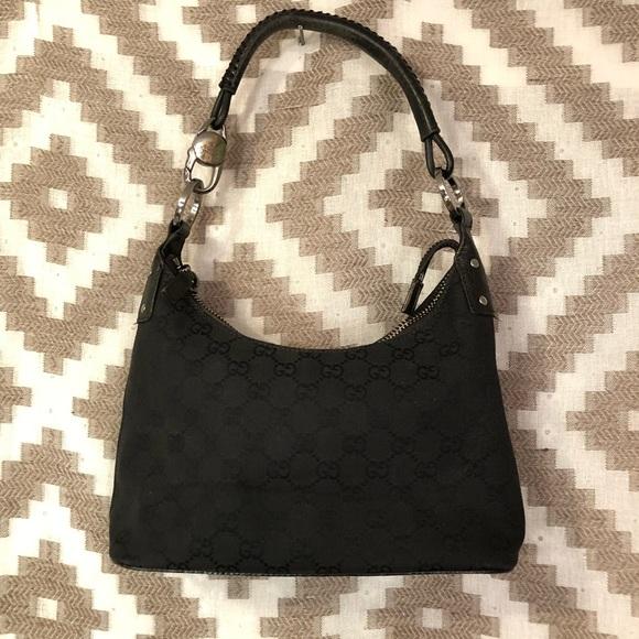 094a6622e2ae Gucci Handbags - Gucci Black GG Canvas Shoulder Bag!